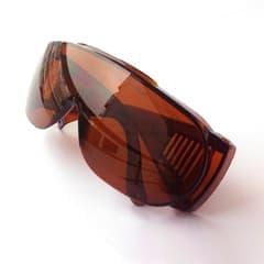 Очки защитные для мастера лазерной эпиляции